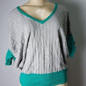 Uniquism Gray Sweater Size Medium